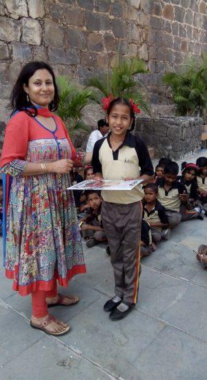 Awarding children | Samridhdhi Trust